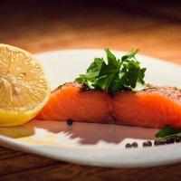 Рыба и лимон. :: Тихон Звягин