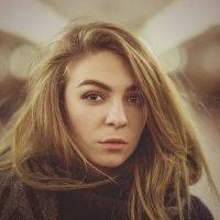 Портрет в метро :: Алексей Соминский