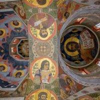 Под куполами :: Сергей Тарабара