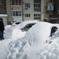 """""""...нужно идти за лопатой, иначе внутрь не попасть!"""" :: Олег Каплун"""