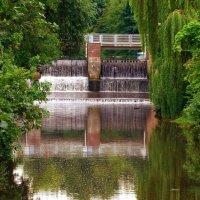 Водопад в Люнебурге :: Nina Yudicheva