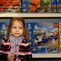 Гуляя по Детскому Миру... :: Anatol Livtsov