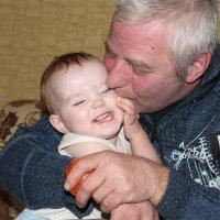 дед и внучка (любовь) :: Антонина Тыртышная (Гладких)