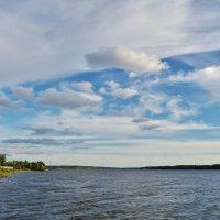 Облака над Волгой ... :: Святец Вячеслав