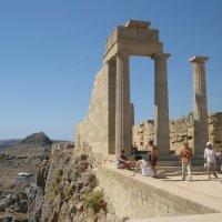 Греция. Линдос. Развалины храма Афины Линдии. :: Лариса (Phinikia) Двойникова