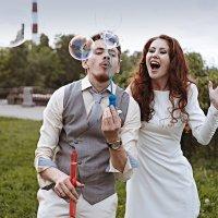 Свадьба и мыльные пузыри :: Юлия Лилишенцева