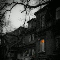 зловещий дом..) :: Олег Семенов