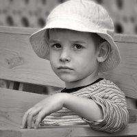 Портрет серьёзного молодого человека. :: Александр Смирнов