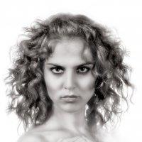 Девушка- горгона... :: Андрей Войцехов