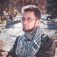 young man :: Katerina Tighineanu