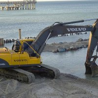 Зеленоградск готовится к новому сезону, идут работы по  укреплению пляжей :: Маргарита Батырева