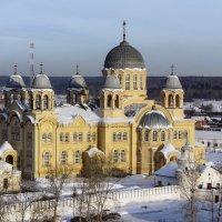 Крестовоздвиженский собор :: Геннадий Г.