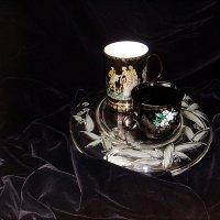 Две чашечки и бархат :: Нина Корешкова