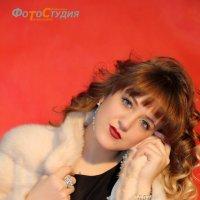 девушка в шубке :: Светлана Трофимова