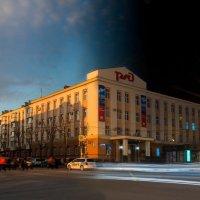 День-ночь центра Южно-Сахалинска :: Артём Удодов
