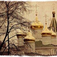 Золотые купола Храма Рождества Иоанна Предтечи :: Андрей Головкин