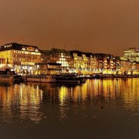 Вечерний Гамбург перед Рождеством (серия). На озере Альстер :: Nina Yudicheva