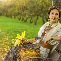Осенний портрет в парке :: Сергей Мягченков