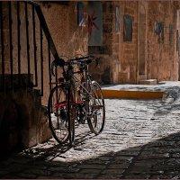 Улочка в старом городе. :: Lmark