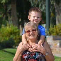 Я на бабушке сижу! :: Оля Богданович