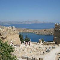 Греция. Линдос. Стены древнего Акрополя. :: Лариса (Phinikia) Двойникова