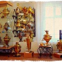 Золотые и серебряные пузатенькие самовары... :: Андрей Головкин