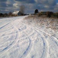 зимняя дорога , будет снегопад... :: Александр Прокудин
