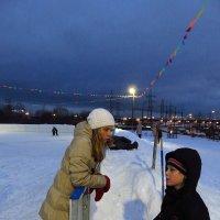 Вглядываясь в лица на катке :: Андрей Лукьянов