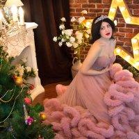 Именинница - всегда королева!  С днём рожденья, богиня дня! ) :: Райская птица Бородина