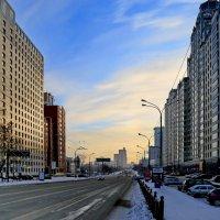 Прогулка по городу в морозный воскресный день. :: Пётр Сесекин