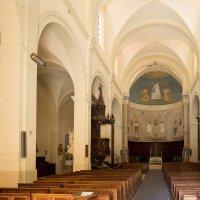 Церковь в Сен-Сатюрнен :: Руслан Гончар