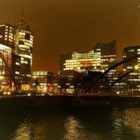 Kolumbushaus & Philarmonie. Hamburg :: Nina Yudicheva