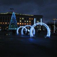 Городская площадь в новогодние праздники :: Татьяна