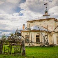Церковь :: Илья Остроградский