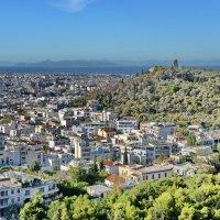 Вид на холм Филопаппу со стен Акрополя :: Владимир Брагилевский