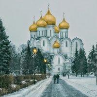 Дорога к храму :: Владимир Голиков