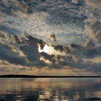 Небо над Кавголовским озером. :: Сергей