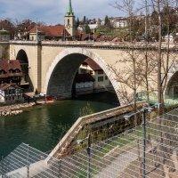 Река Ааре, Берн, Швейцария, Мост через реку :: Witalij Loewin