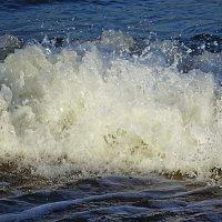 Волны бушуют и плачут... :: Маргарита Батырева