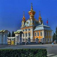 Дворец в Петергофе (Петродворце) церковь (фрагмент) :: Владимир Ильич Батарин