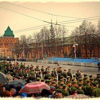 И дождик плакать начинал, о тех кто на полях войны сражался и не дожил до этих дней !!! :: Андрей Головкин