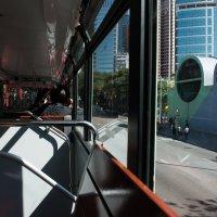 Из окна гонконгского трамвайчика :: Sofia Rakitskaia