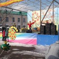На праздничной сцене :: Svetlana Lyaxovich