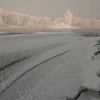 Одинокий островок... :: Сергей Герасимов