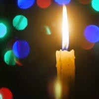 Свеча горела на столе... :: Дмитрий Костоусов