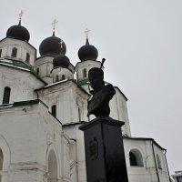 Войсковой собор и Платов...(Старочеркасск) :: владимир