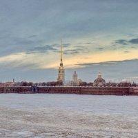Холодное небо северной столицы :: Алексей Михалев