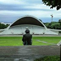 Памятник композитору Густаву Эрнесаксу. Таллинн. :: Nonna