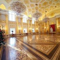 Екатерининский зал в Царицыне :: Михаил Бибичков