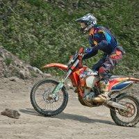 На мотоцикле :: Rodef